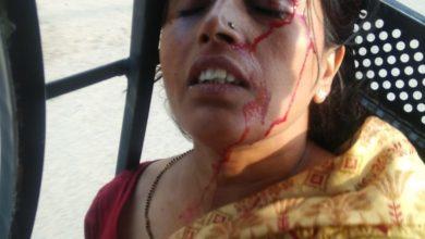 Photo of मुंगेर पति के साथ रहने के लिए पत्नी ने छोड़ी प्रोफेसर की नौकरी पति कर रहा है प्रताड़ित